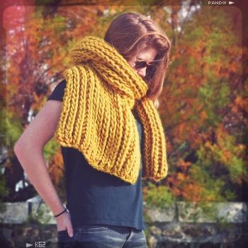 Des mod les de tricot faciles des kits pour tricoter une - Tricoter une echarpe grosse maille ...