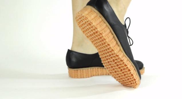 semelles de chaussure tricotées en 3D